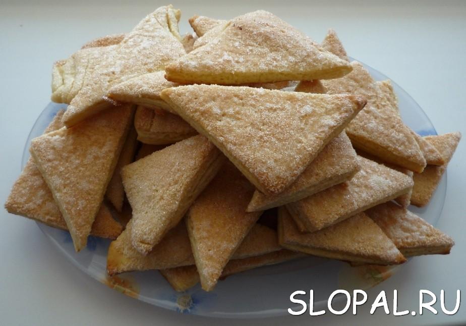 Домашнее печенье треугольнички с сахаром